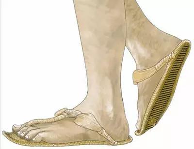十厘米上的风景:高跟鞋的前生