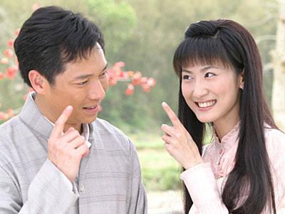 她在《木棉花的春天》饰演女二号邹筱蝶,由男主抚养长大,后爱上男主.