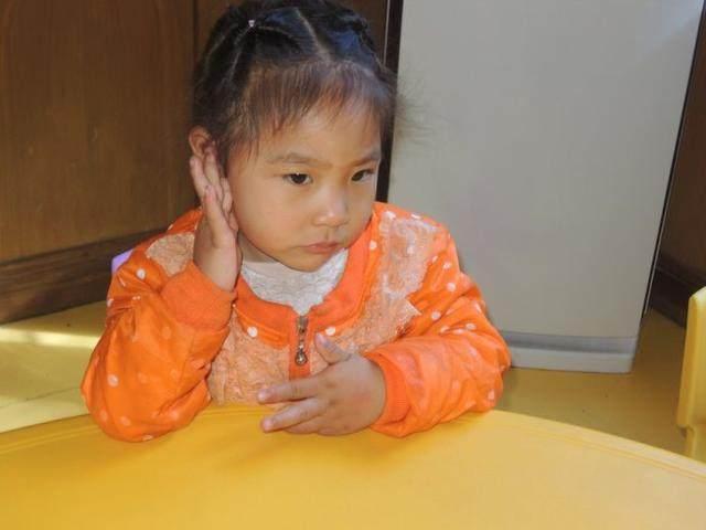 女孩食量增大,半夜总上厕所,检查完奶奶瘫坐在地大骂自己