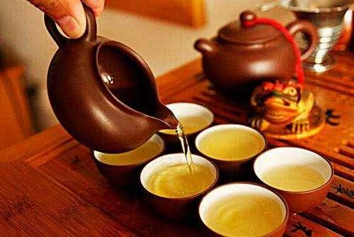 谷雨节气喝春茶对身体有4个好处,2类人不建议多喝