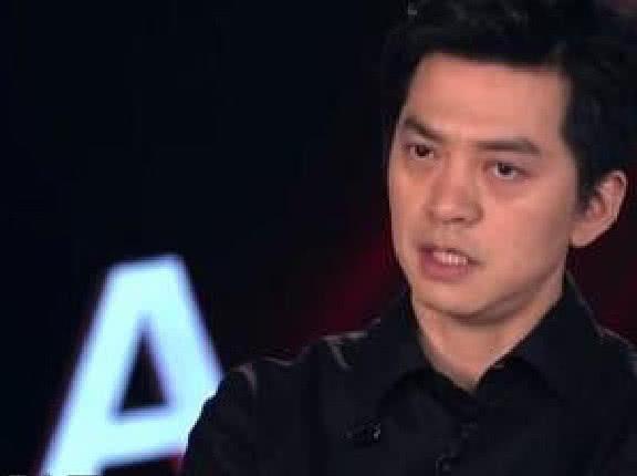 《中国好声音》节目陷入尴尬境地,被音乐总监质疑评审