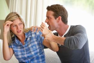 男子用开水烫伤妻子获刑一年