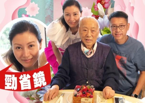 48岁李嘉欣和富豪老公庆祝父亲节