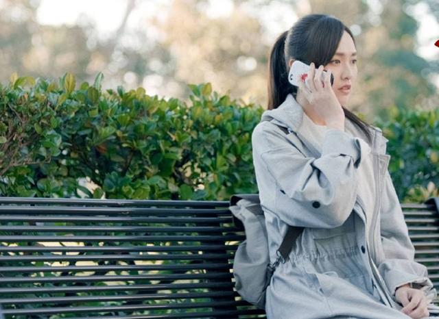 女孩跟男友相恋3年,最后情感崩塌,竟是因为她的口红印