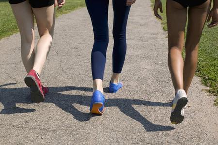 走路快慢跟健康有多大关系?犯了这四个错误