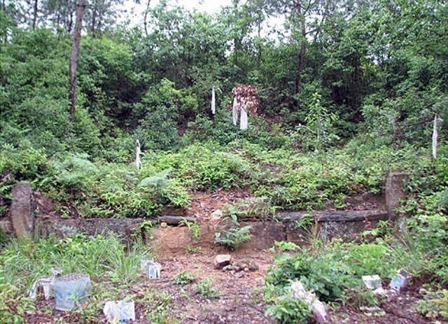 在浙江省有一座古墓,一村人为其守墓上千年
